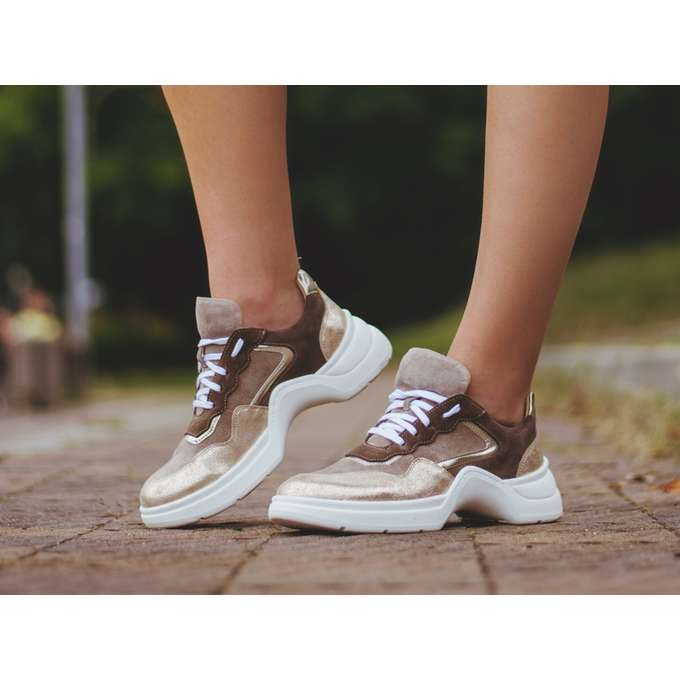 Stylowe sneakersy damskie na każdą okazję